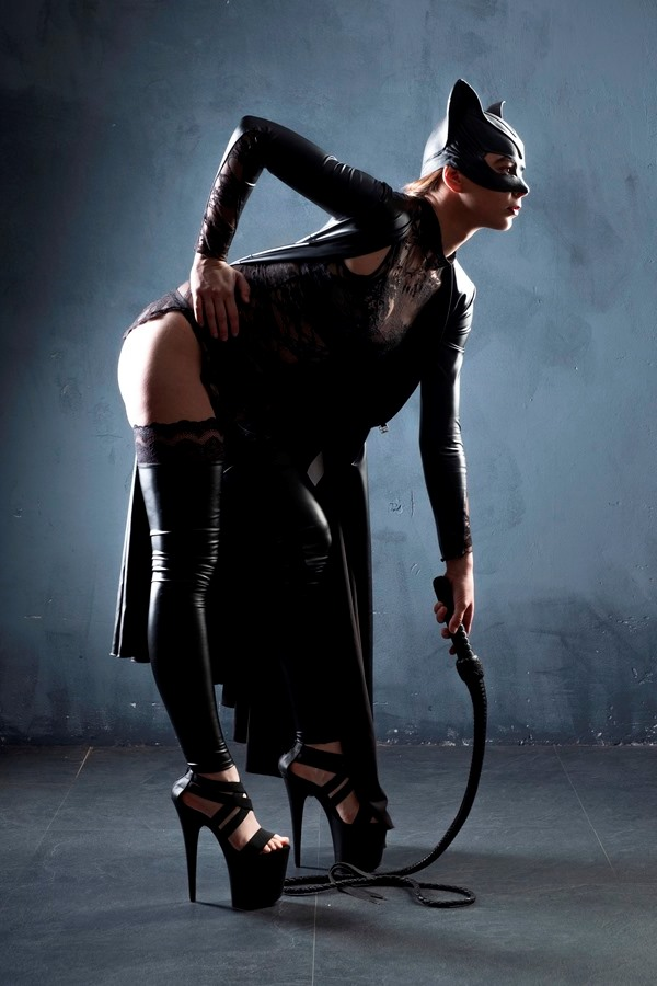 Fisting catwoman